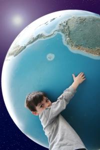 Atlas, it´s time for your batha-woodleywonder-earth-planet-atlas-1010145-h